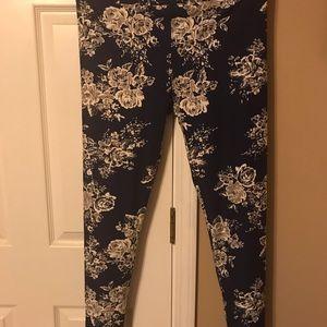 LulaRoe TC leggings. Brand new!